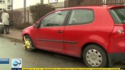 Internauci kpią z materiału TVN o samochodzie prezydenta Dudy. Jestem zablokowanym golfem - miniaturka