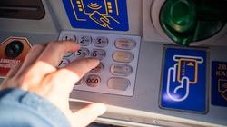 Wysadzali bankomaty. Recydywiści trafili do aresztu - miniaturka