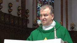 TYLKO U NAS. Ks. Bogdan Bartołd: Musimy stać się gwiazdą, która prowadzi do Chrystusa  - miniaturka