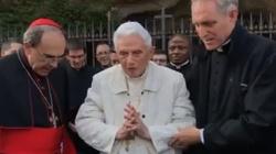 Poważna choroba Benedykta XVI? Abp Gänswein dementuje doniesienia prasowe - miniaturka