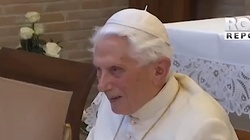 Papież Benedykt zmaga się z silnym wirusem, jest poważnie osłabiony  - miniaturka