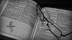 Co Biblia mówi nam o zabijaniu nienarodzonych? Prawda jest bezlitosna - miniaturka