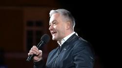 """[Wideo] Biedroń znów przekroczył granice: """"Gdyby Lech Kaczyński żył, to wstydziłby się za swojego brata. Stałby tutaj z nami"""" - miniaturka"""
