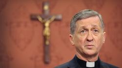 Arcybiskup Chicago: Aktywni seksualnie geje do komunii? OK - miniaturka