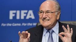 Don Blatter i don Putin: Futbol wymyślono w Rosji  - miniaturka