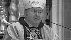 Bp Bogdan Wojtuś nie żyje. Był zakażony koronawirusem - miniaturka