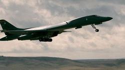 Amerykański bombowiec w przestrzeni powietrznej Chin - miniaturka