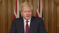 Ostry spór o paszporty Covid-owe w Wielkiej Brytanii. Ponad 70 posłów jest przeciw - miniaturka