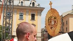 Biskupi mocno na Boże Ciało: ,,Nie'' dla aktów profanacji i bluźnierstw!!! - miniaturka