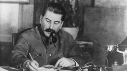 80. rocznica stalinowskiego ludobójstwa na Polakach. Rosjanie jeszcze bardziej kochają czerwonego mordercę - miniaturka