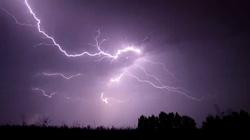 Uwaga! Nad Polskę nadciągają ulewy i burze - miniaturka