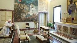 Tłumy zwiedzających w Castel Gandolfo - miniaturka
