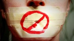 Kanada: ,,Orwellowski'' zamach rządu na wolność mediów - miniaturka