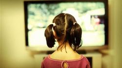 Wyłącz telewizor i idź z dzieckiem na spacer  - miniaturka