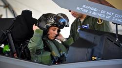Pierwsza kobieta pilotem F-35 - miniaturka