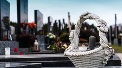 Wiceminister Kraska: Cmentarzy raczej nie zamkniemy... - miniaturka