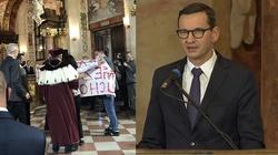 Wiadomo, kto zakłócał wystąpienie premiera na Uniwersytecie Wrocławskim - miniaturka