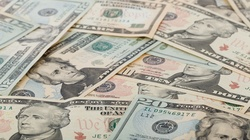 'Słupy' ruskiej finansjery obracają miliardami, a umierają jak nędzarze - miniaturka