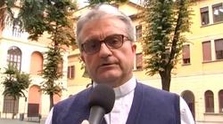 Włoski ksiądz uratował 14 sierot z Afganistanu  - miniaturka