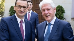 'Izolacji' Polski ciąg dalszy! Premier spotkał się z Billem Clintonem - miniaturka