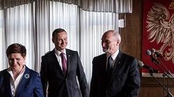 To koniec konfliktu na linii prezydent - MON? Macierewicz wycofuje wnioski o awanse generalskie - miniaturka