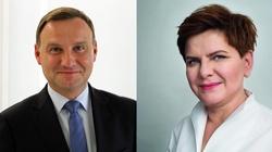 Polacy najbardziej ufają prezydentowi Dudzie i premier Szydło! - miniaturka
