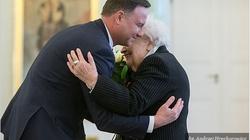 PIĘKNE! Prezydent Duda: Nigdy nie zapomniała Pani o swoich rodakach - miniaturka