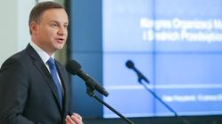 Prezydent Duda rozmawiał z prezydentem Francji. Tematem szczyt NATO i Trójkąt Weimarski - miniaturka