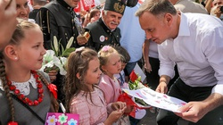 Prezydent Duda: Ochronimy polską rodzinę, ochronimy nasze dzieci - miniaturka