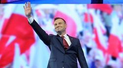 SONDAŻ: Prezydent Duda GROMI rywali!!!  - miniaturka