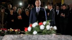 Prezydent: Ksiądz Jerzy patrzy dziś na nas z nieba i sprzyja Polsce - miniaturka