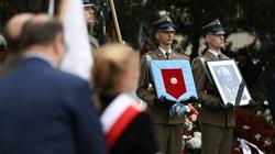 Premier Mateusz Morawiecki: Niesiemy Polskę dalej, na chwałę Bogu - miniaturka
