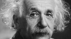 Ksiądz wiedział lepiej niż Einstein - miniaturka