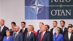 Szczyt NATO. O czym prezydent Andrzej Duda rozmawiał z Donaldem Trumpem? - miniaturka