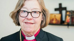Szwecja: Biskup lesbijka wzywa do zrywania krzyży, żeby muzułmanom było miło - miniaturka