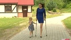 """Samotna matka straciła nogę. ZUS? """"Ma przecież dwie ręce!"""" - miniaturka"""