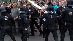 Co się dzieje w Niemczech? Chemnitz wstrząsane zamieszkami - miniaturka