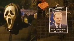 Cyrk przed domem prezesa PiS. Internauci rozpoznali jednego z uczestników akcji - miniaturka
