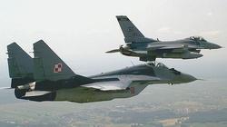 Polskie MSZ potwierdza: Możemy wysłać F-16 na wojnę z ISIS - miniaturka