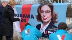 Co z banerami wyborczymi Małgorzaty Kidawy-Błońskiej? - miniaturka