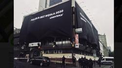 Aktywiści zasłonili transparentami siedziby PiS i PO - miniaturka