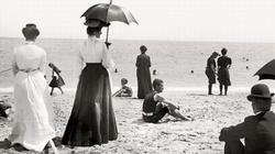 Jak kobieta powinna ubrać się na plażę? - miniaturka