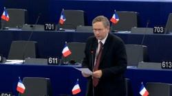 Francuski europoseł o kryzysie migracyjnym: Polska jest wiarygodniejsza od Macrona - miniaturka