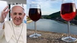 Papież Franciszek o piciu wina - miniaturka