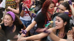 Założycielka grupy FEMEN popełniła samobójstwo. Podpadła Putinowi? - miniaturka