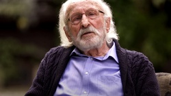 Franciszek Pieczka o kolejności szczepień: Nie wiem od czego to zależy - miniaturka