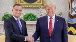 Fotograf prezydenta publikuje symboliczne zdjęcie! ,,To widać, dzieje się historia'' - miniaturka