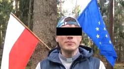 Trzykrotnie spalił polską flagę. Teraz usłyszał zarzuty - miniaturka