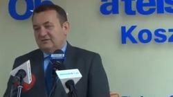 Polityk Platformy zagląda Kaczyńskiemu pod kołdrę - miniaturka
