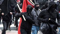 Służby przyglądają się aktywności lewicowych bojówek. Ekstremistów ma wspierać stołeczny ratusz - miniaturka